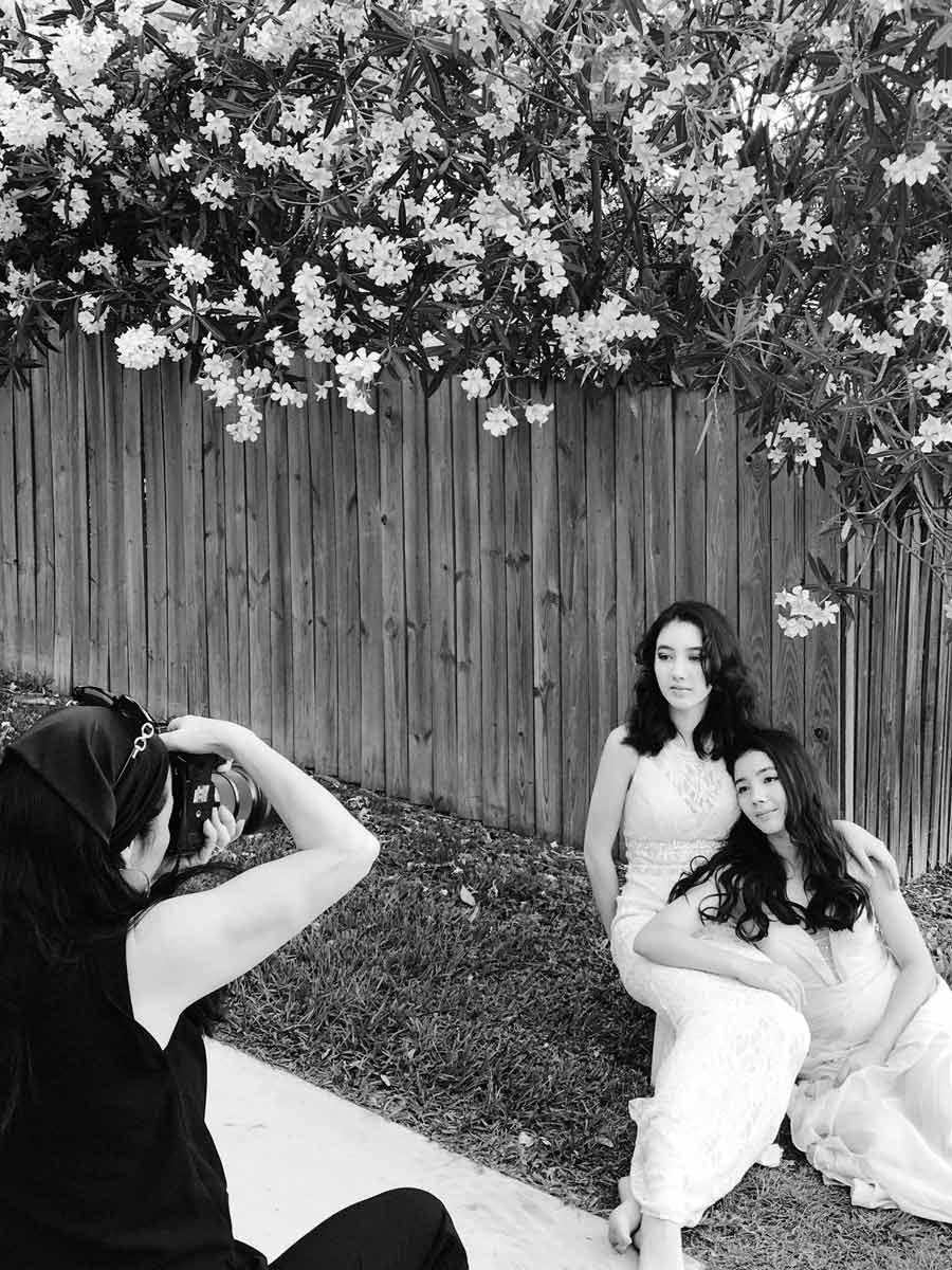 Teen sisters Photoshoot behind the scene